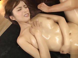 Yu Namiki shaved pussy jam-packed OOXXHD - Em gai nourisher dang Yu Namiki ko che