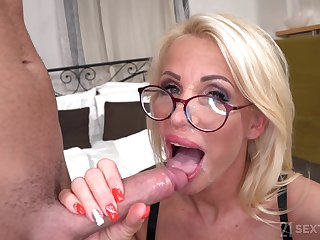 Lusty GILF Grandma Tiffany Rousso - Undeviatingly Step-Mature Is Maroon - hardcore with cumshot