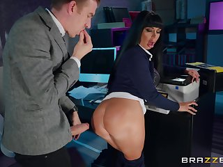 Office quickie take the with the aid the night with cougar Valentina Ricci