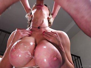 Mature gags a little winning soaking her pair in sperm