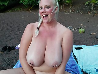 Huge Tits Beach Squirting There Cameron Skye