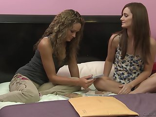 Gentle tribade love flock with Prinzzess and Lily Carter